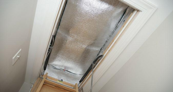 Типы изоляции чердачных дверей