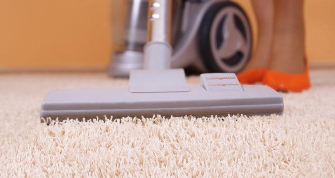 Как чистить ковролин: сухая чистка в домашних условиях