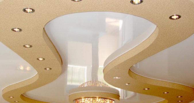 Преимущества многоуровневых натяжных потолков