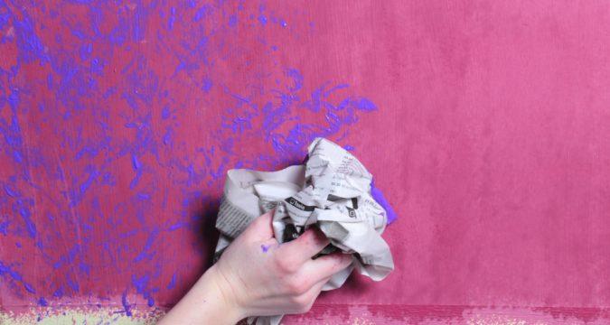 Как декорировать окрашенную стену