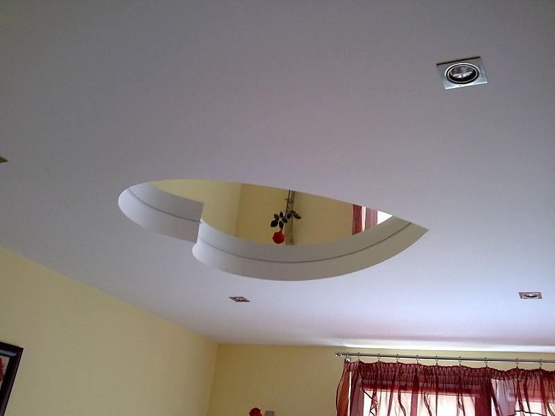 потолок из зеркал и гипсокартона